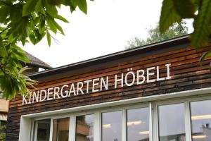 Kindergarten Höbeli 2, U. Töndury und S. Hauri, Uetikon a. See